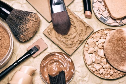 How to Boost Indoor Makeup Use with Our Sustainable Solutions