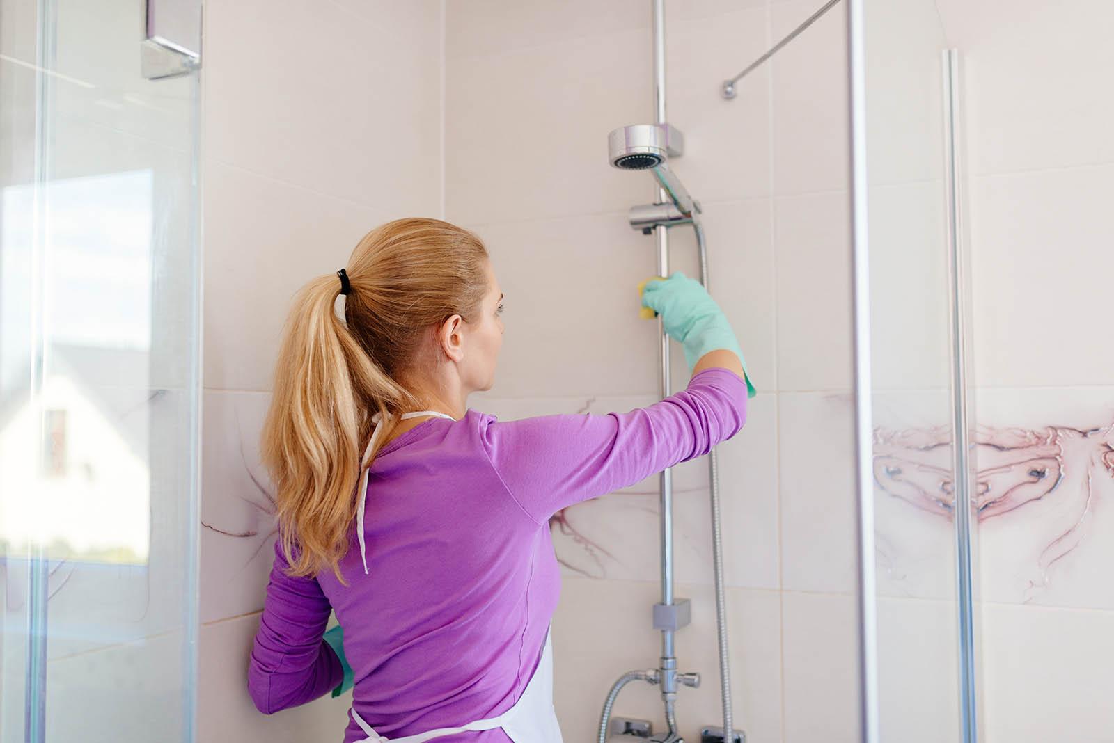 Nettoyant pour douche, baignoire et carrelage